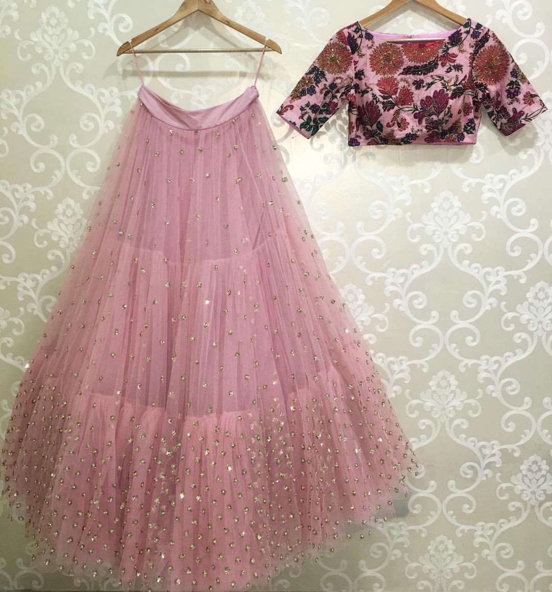 Best dresses to wear to a march wedding  Wardrobe essentials from Koela mrunalini rao   March   B