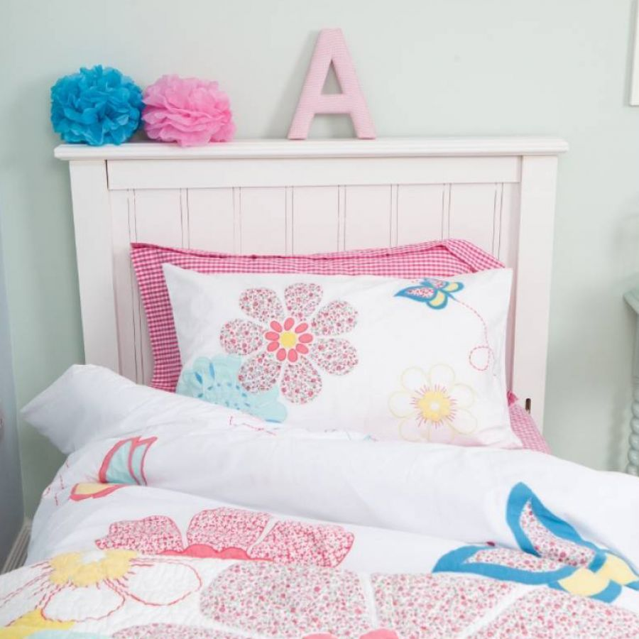Cot Bed Bedding In Daisy Fl Design Http Www Thechildrensfurniturecompany Childrens Duvet Cover Set