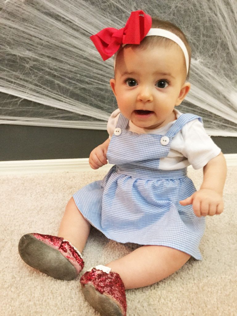 DIY baby Dorothy Halloween Costume. Wizard of Oz  sc 1 st  Pinterest : baby costume homemade  - Germanpascual.Com
