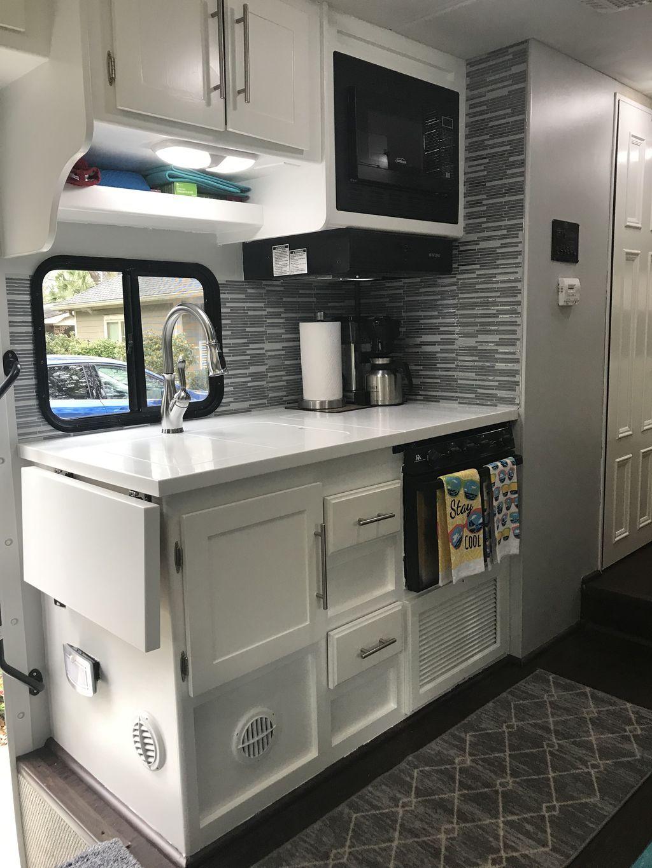 30 Dreamy Rv Kitchen Design Ideas For You To Prepare Spring Holiday In 2020 White Kitchen Makeover Kitchen Renovation Kitchen Remodel