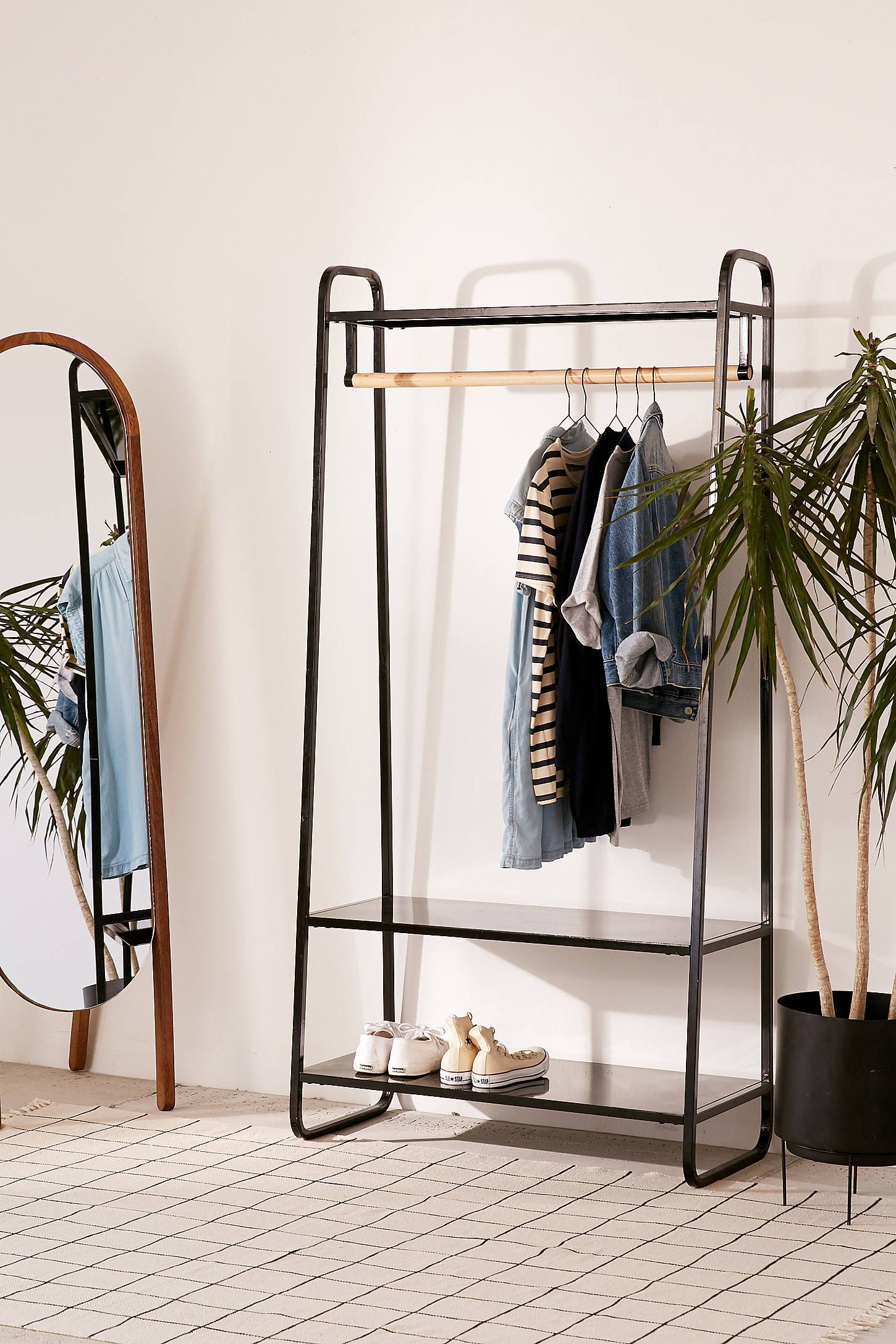 Kleiderständer Urban Outfitters Cameron Clothing Rack In 2019 Apartment Garment Racks Beach