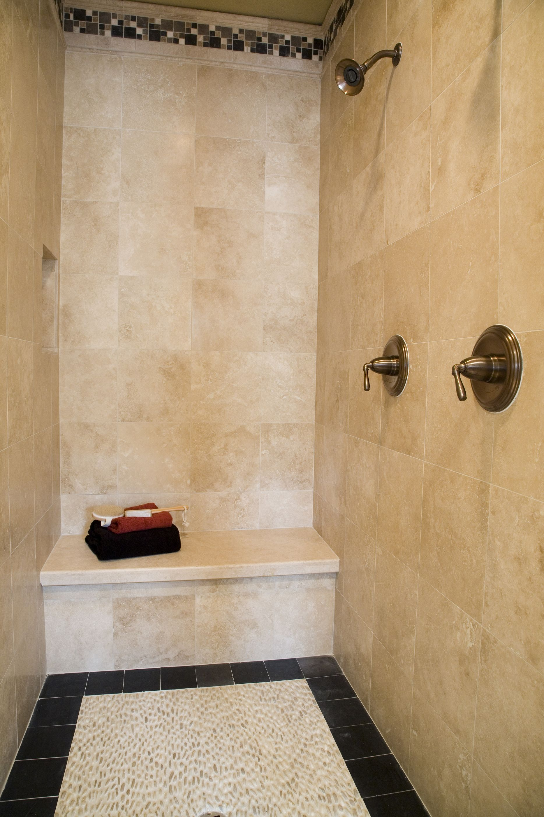 Country Doorless Walk In Shower Designs With Seat And Border Wall