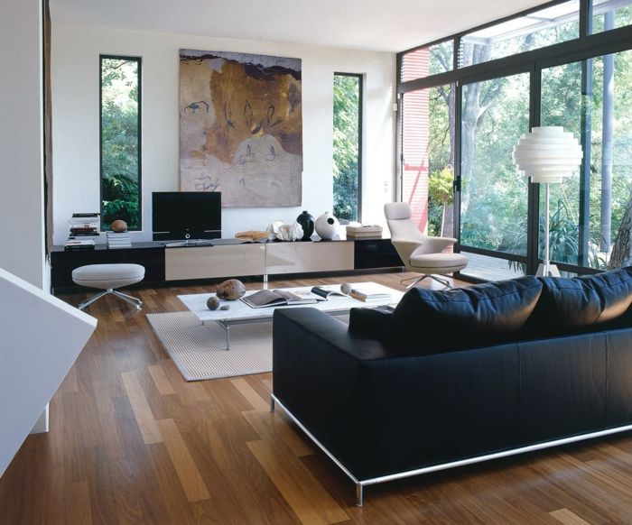 wohnzimmerteppich eleganter teppich weiße wandfarbe schwarzes sofa ...