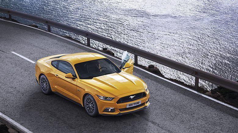 Ford Mustang, farklı yol koşullarına en uygun tepkiyi vermek ve maksimum sürüş konforunu hissettirmek üzere tasarlanmıştır.