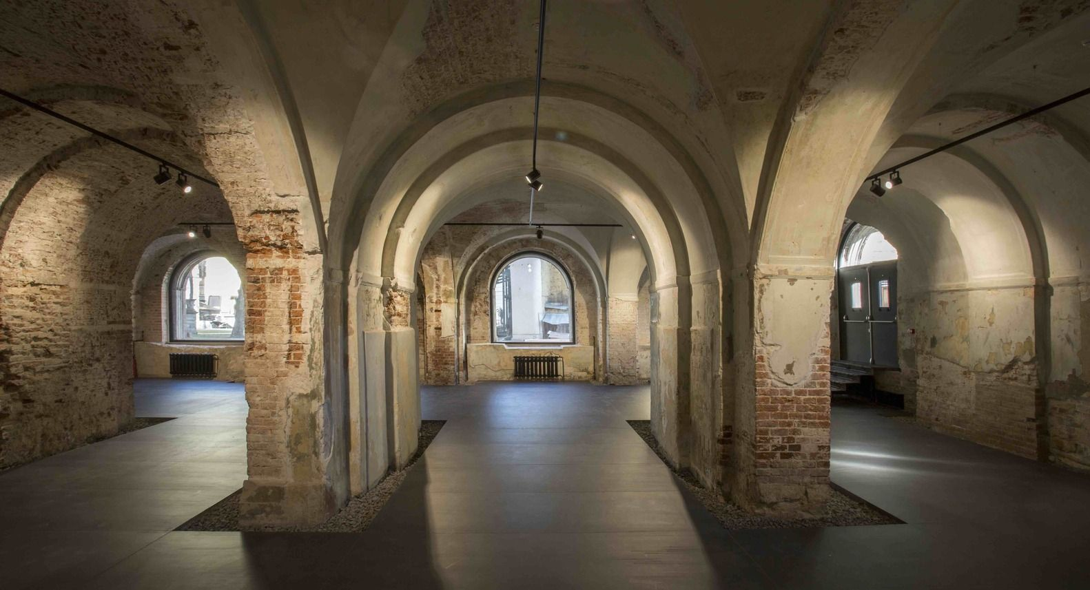 Gallery of the ruin rdnk 5 rehabilitation pinterest patrimoine