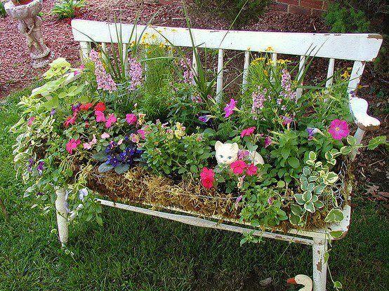 Kreative Gartenideen Alte Gartenbank Blumenbehalt Alte