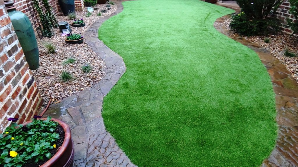 Find Out How Much Artificial Grass Cost In Dallas Cost Of Artificial Turf Installation In 2021 Artificial Grass Cost Artificial Grass Installation Turf Installation
