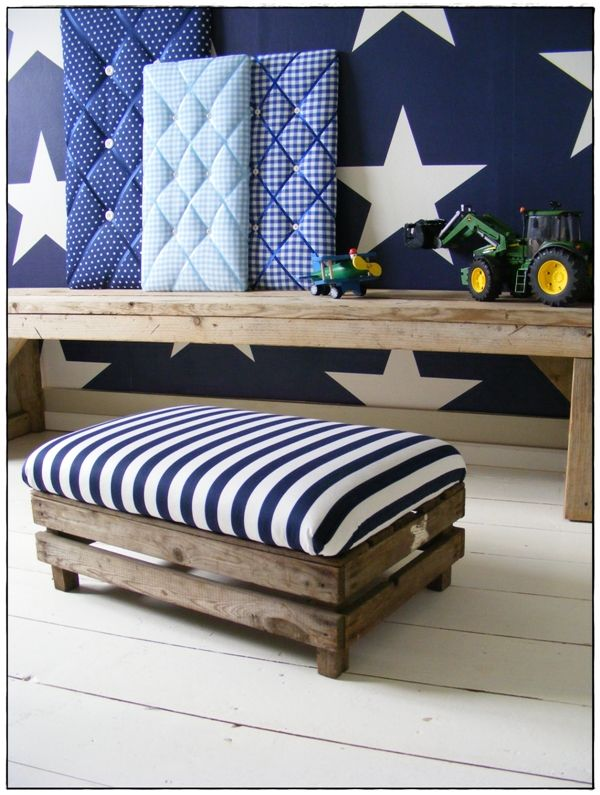 cute bench, lovely pinboards as well ^-^ | Zimmer | Pinterest ...