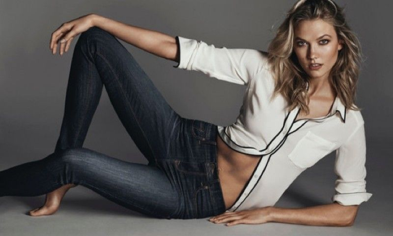 Karlie Kloss Flaunts Her Midriff in Express Denim Campaign ...