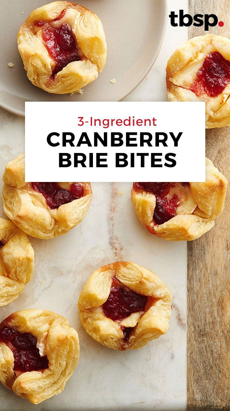 3-Ingredient Cranberry Brie Bites #easyappetizersforaparty