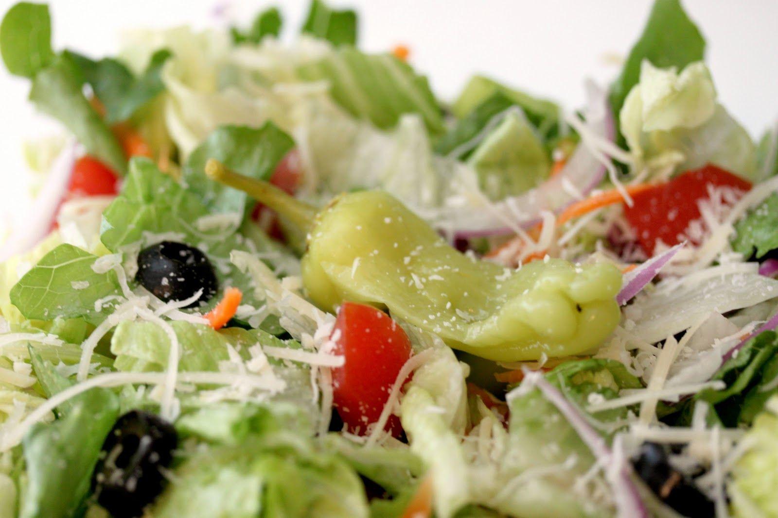 Recipe Knockoff Olive Garden's GardenFresh Salad House