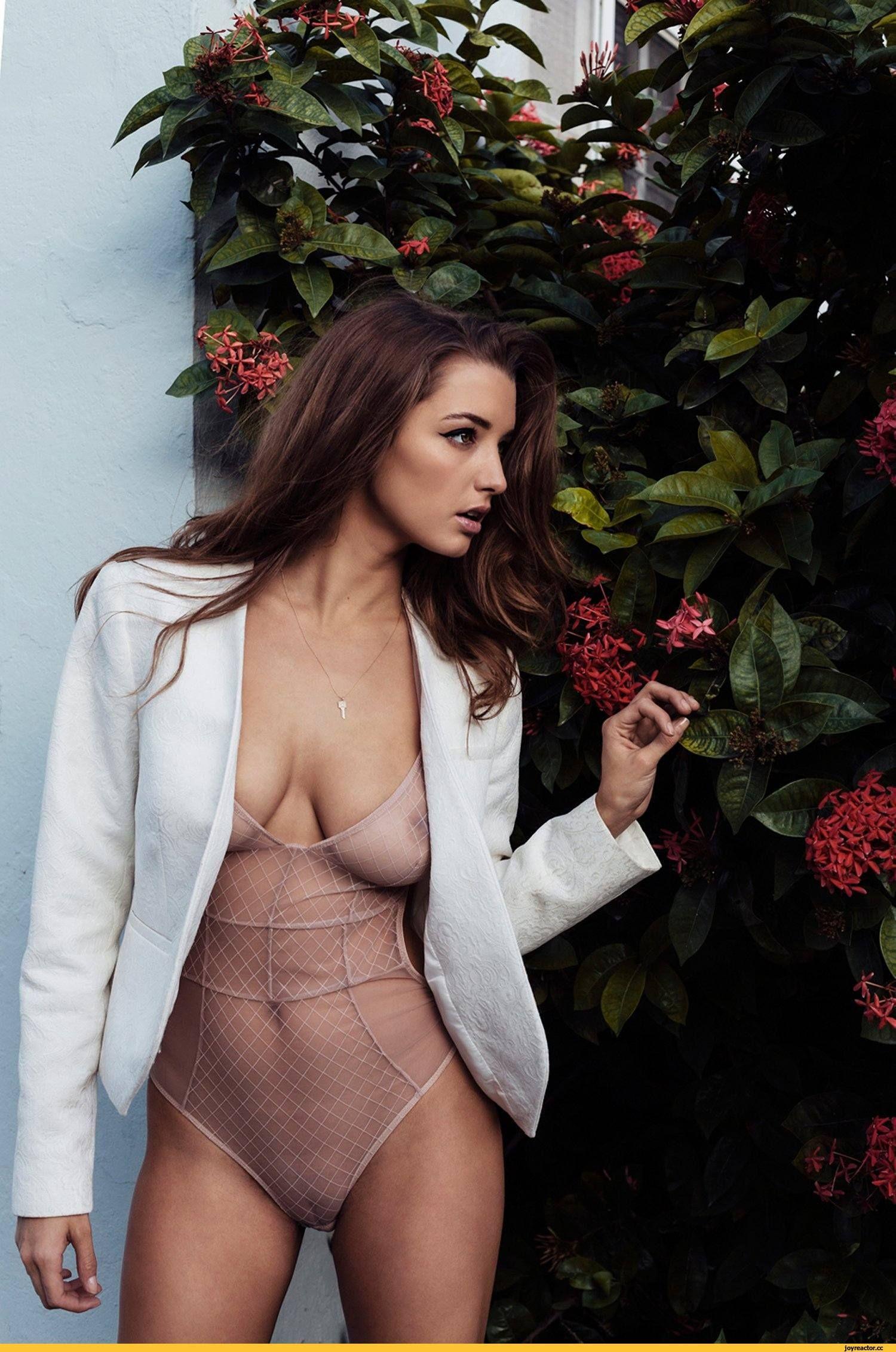 Alyssa Arce Booty Shaking, Instagram, 7/4/18 nude (33 photos), Sideboobs Celebrity picture