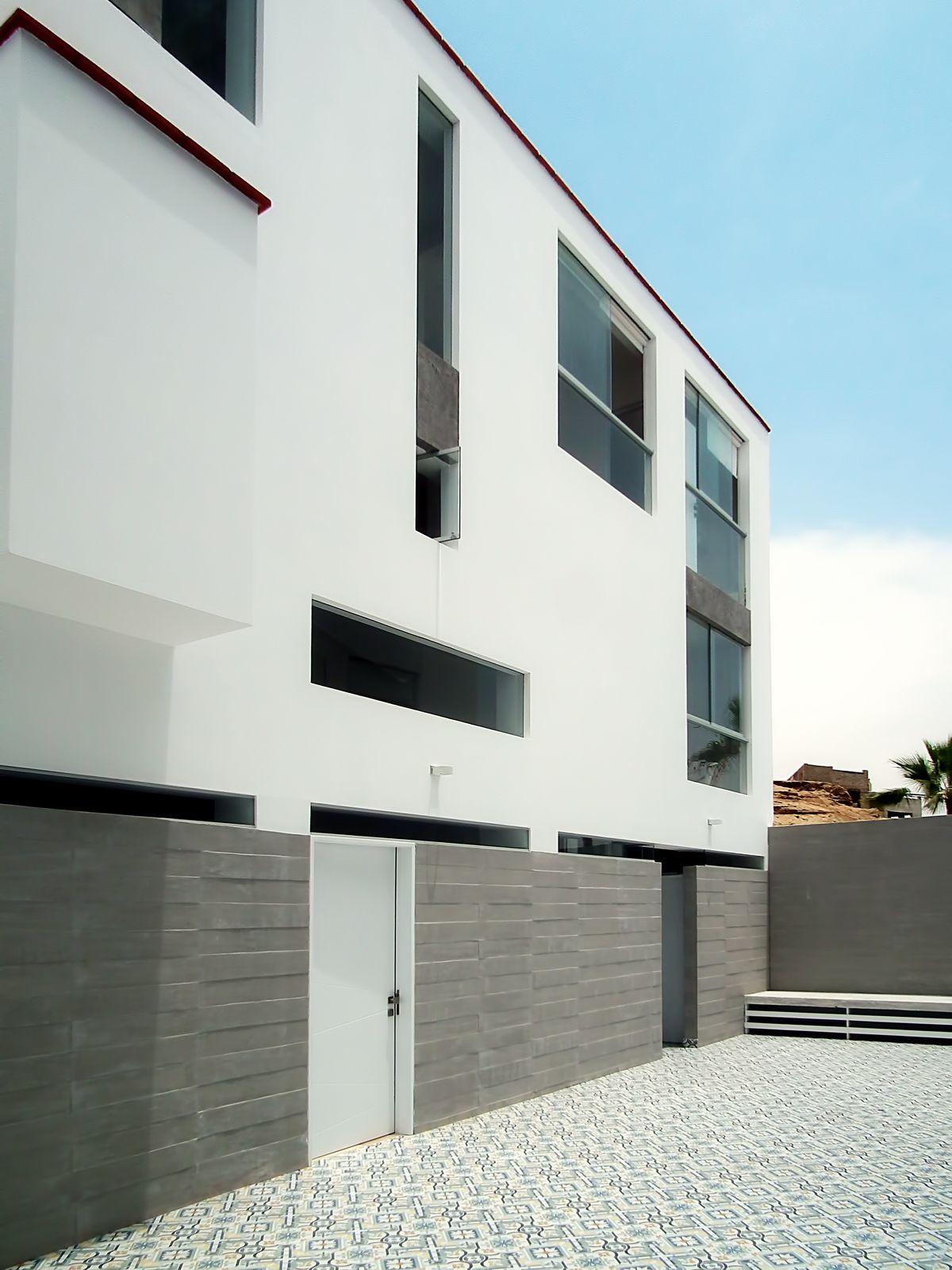 Dise o multifamiliar punta hermosa patio interior for Diseno de interiores lima