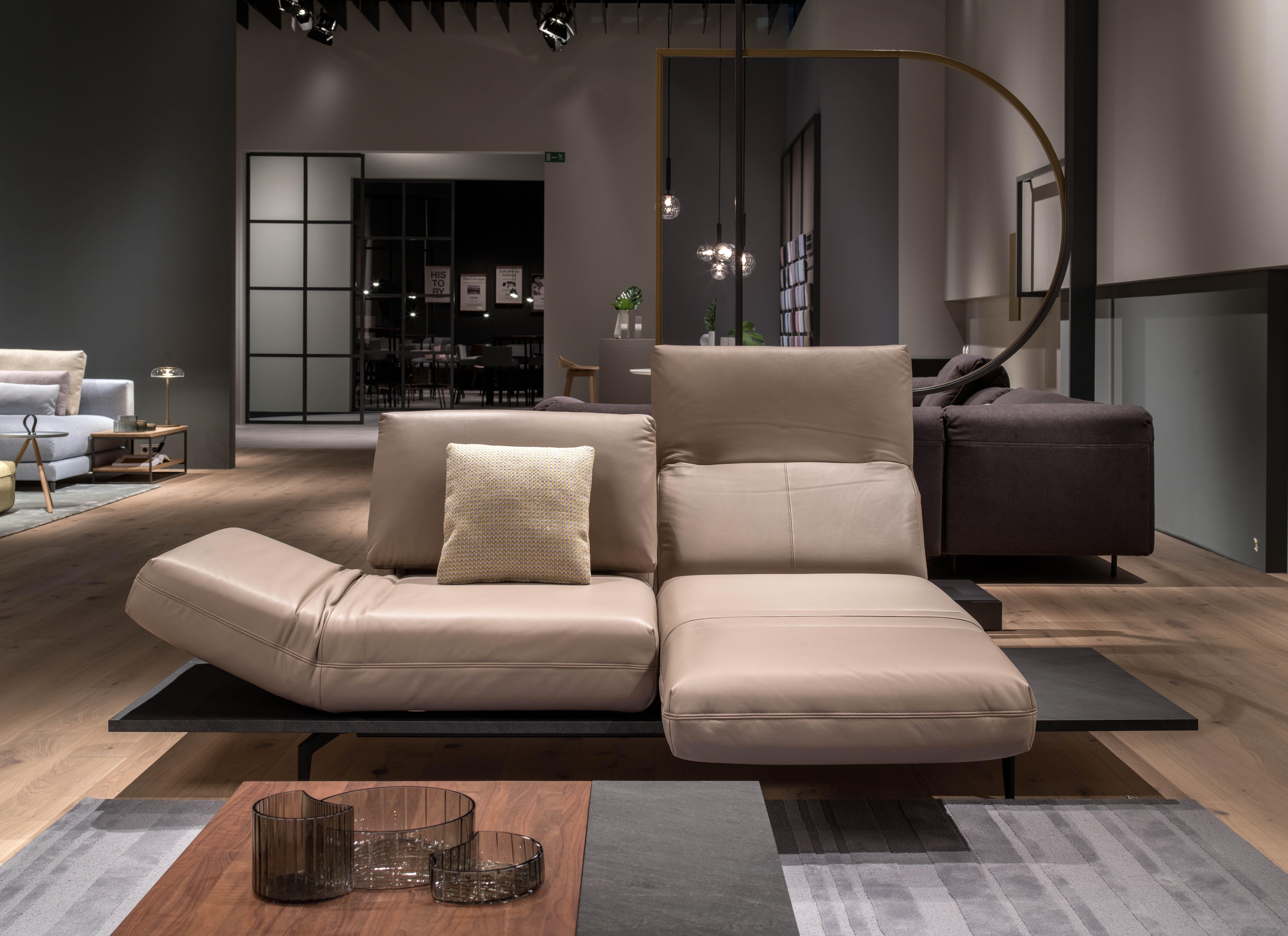 Rolf Benz Bank 629.Rolf Benz Aura Relaxed Presence Flexibility And