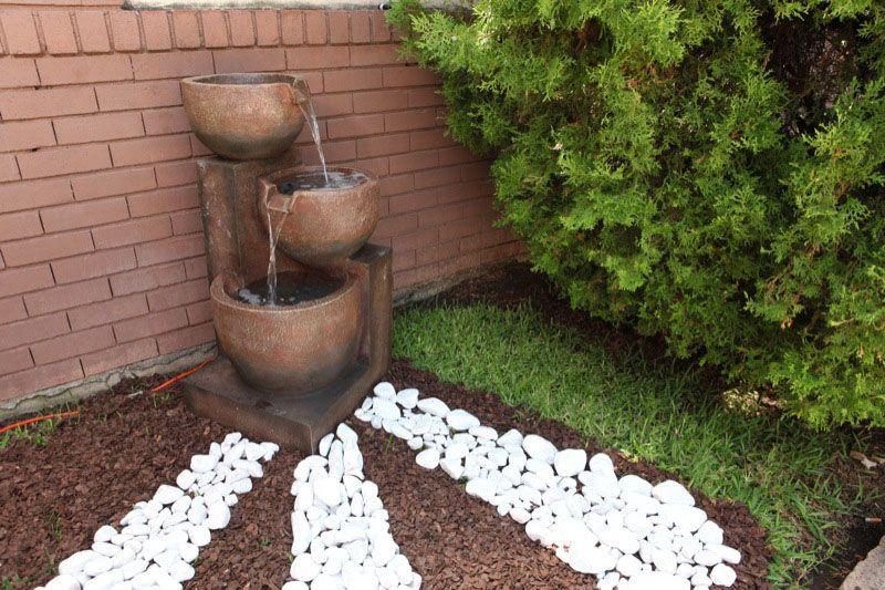 Ideas jardines peque os dise o de interiores dyd - Fuentes para jardines pequenos ...