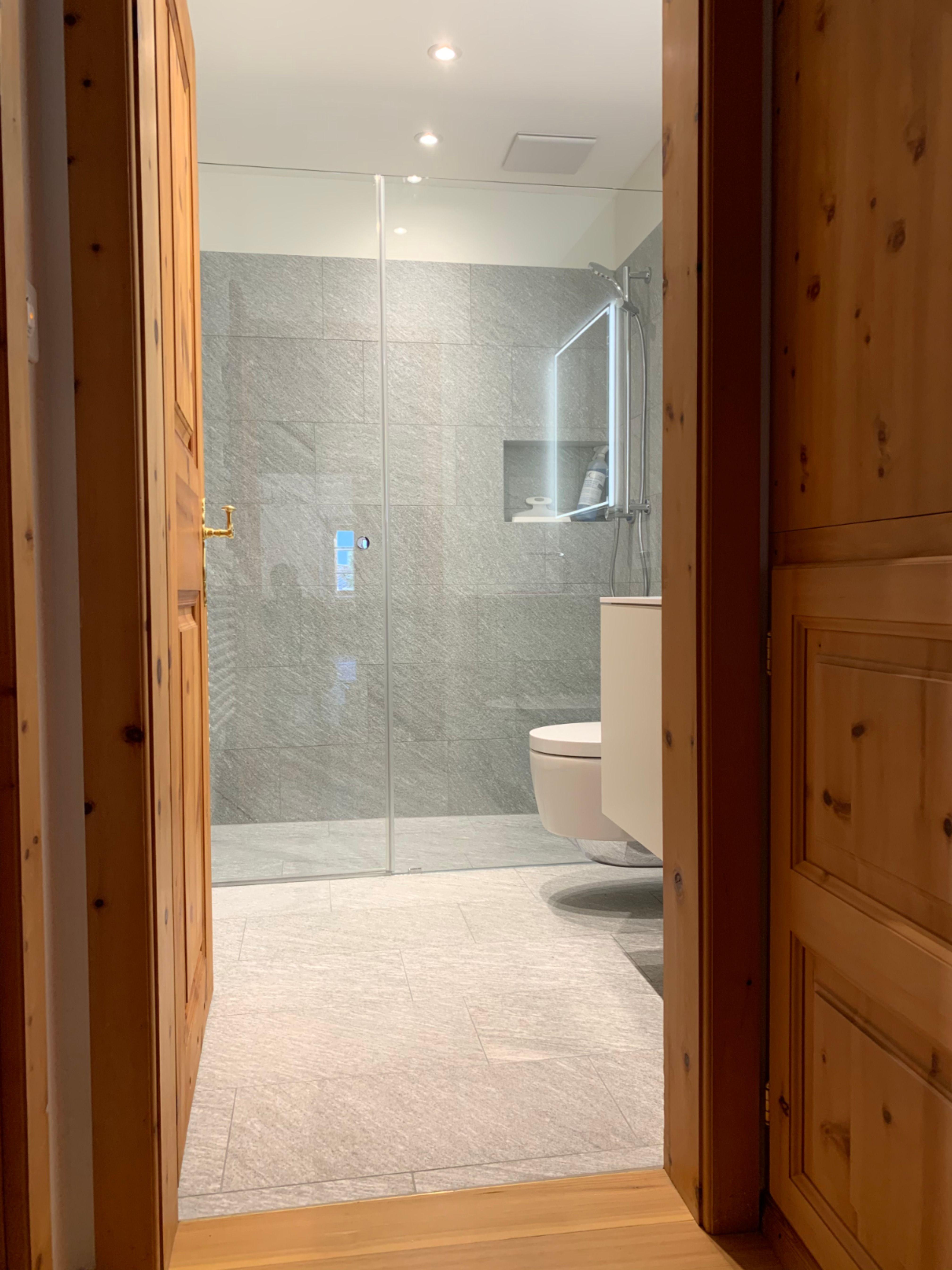 Unternehmen Glasduschen Minimalistisches Badezimmer Und Minimalistisch