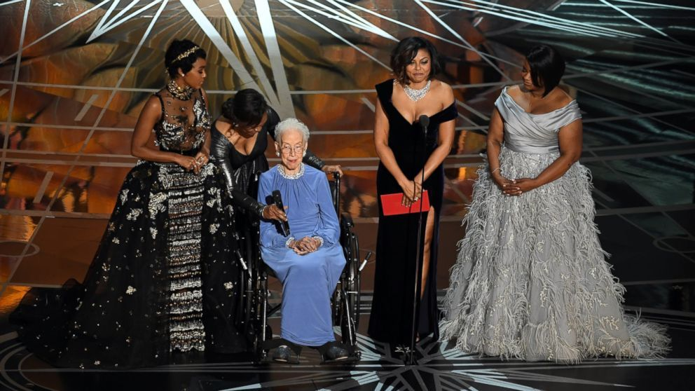 """Katherine Johnson, real-life subject of 'Hidden Figures' receives standing ovation at Oscars -      Katherine Johnson, one of the  NASA  research mathematicians portrayed in the Oscar-nominated film """"Hidden Figures,"""" received a standing ovation ... See more at https://www.icetrend.com/katherine-johnson-real-life-subject-of-hidden-figures-receives-standing-ovation-at-oscars/"""
