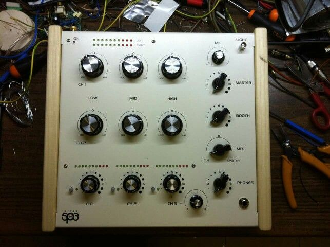 Audio Solution SP3 Ivory edition