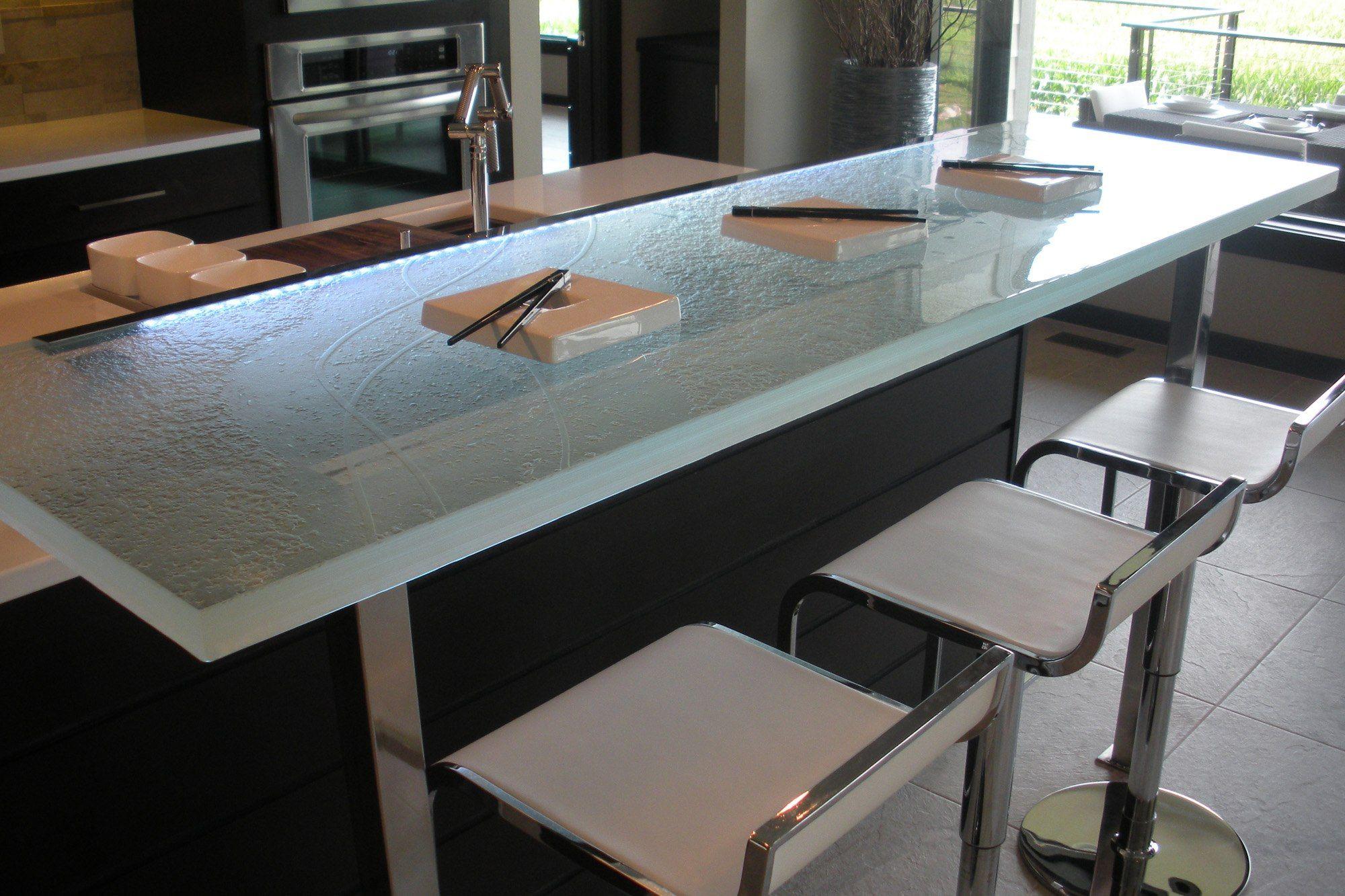 Der Ultimative Luxus Touch Fur Ihre Kuche Dekor Glas Arbeitsplatten Kuchenarbeitsplatte Glas Tischplatte Und Glastische
