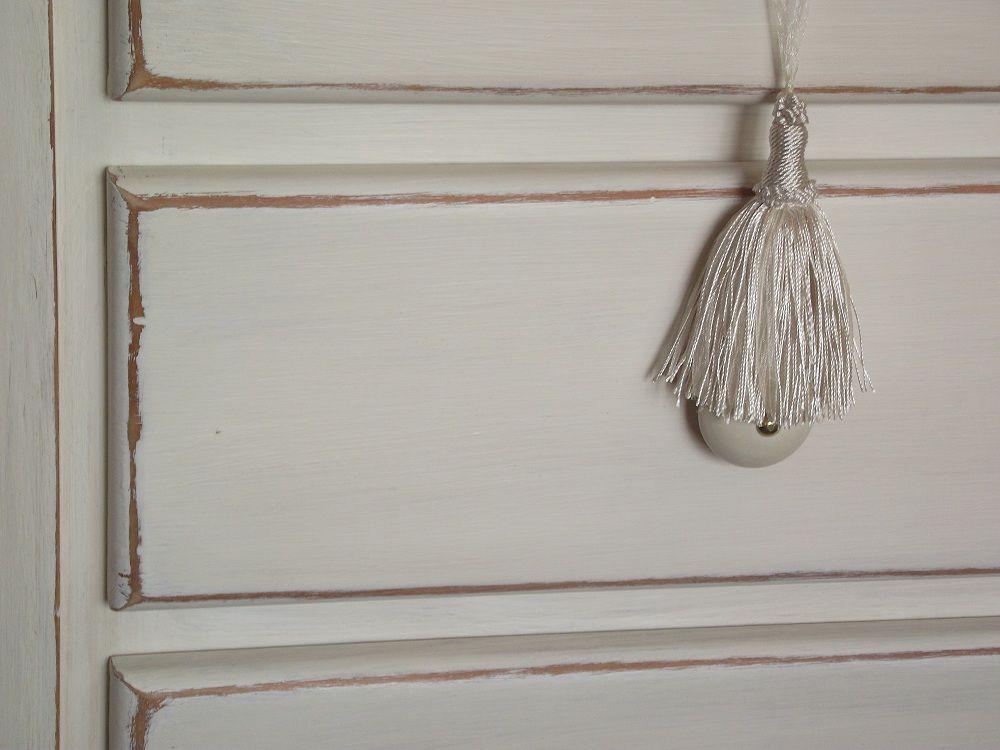 C moda de madera de pino pintada en blanco antiguo con - Pintar madera blanco ...
