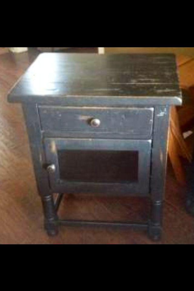 Broyhill Attic Heirlooms Petite Chairside End Table In Black Heirloom Furniture Broyhill Furniture