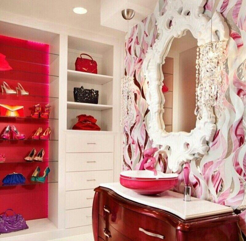 Love it | Diseño de armario, Azulejos cuarto de baño ...
