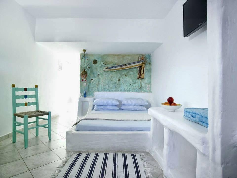 http://vickys-home.blogspot.com.es/2014/04/una-casa-de-verano-en-grecia-holiday.html