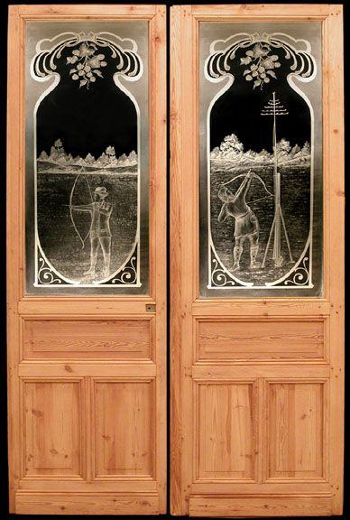 Italianate parlor doors were pocket doors with etched for Pocket front door