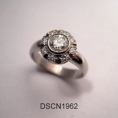Diamond carmosier ring