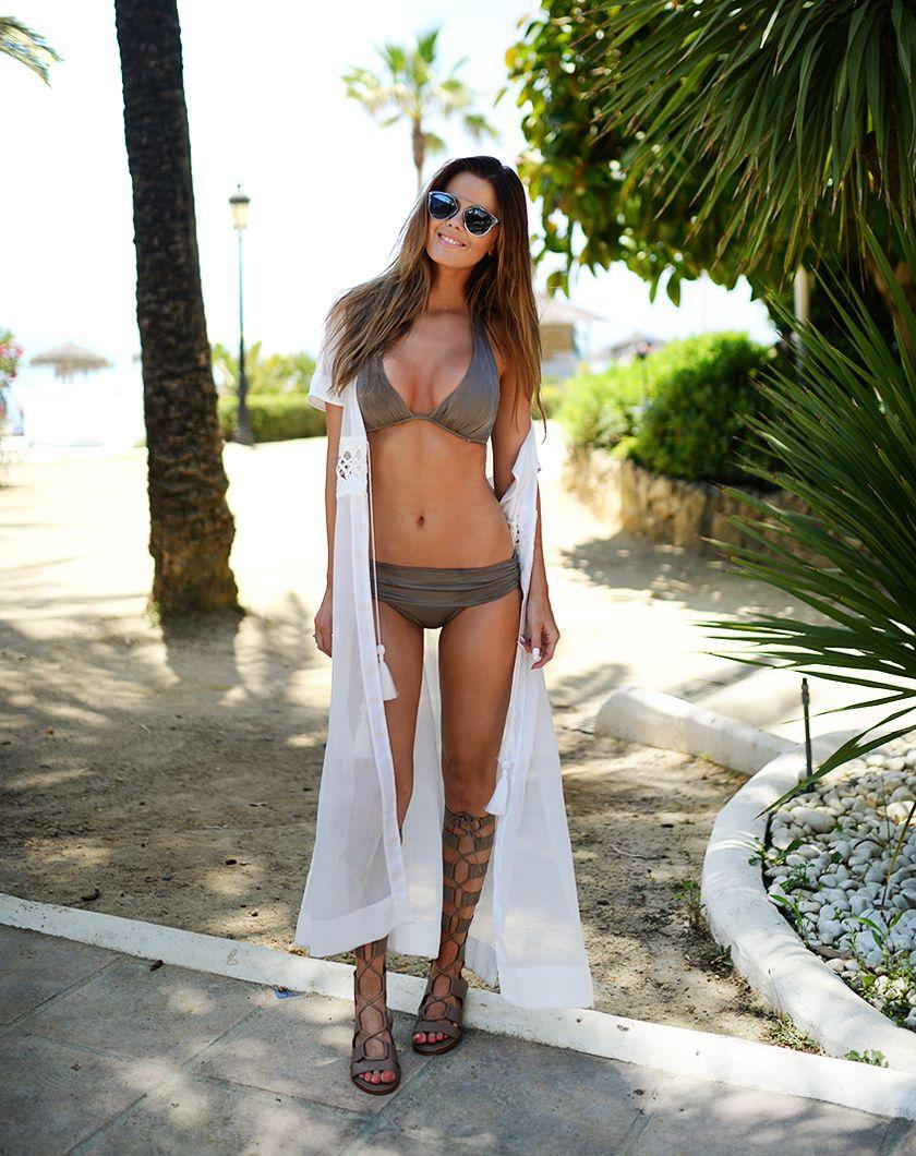 63bf556388 VS bikini, H&M kimono, Zara sandals | Beach Style | Cute beach ...