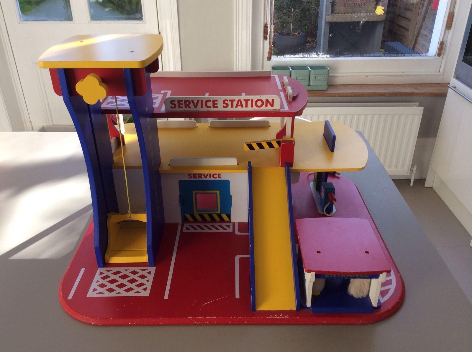 Wooden Toy Car Garage In Ebay Garage Bricolage Et Garage