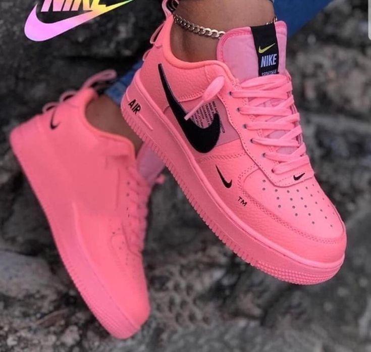 Pin van Fabienne Segers op Dingen om te kopen in 2020 | Nike