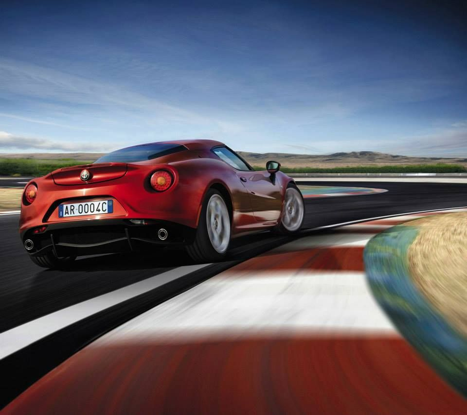Alfa Romeo 4C (With Images)