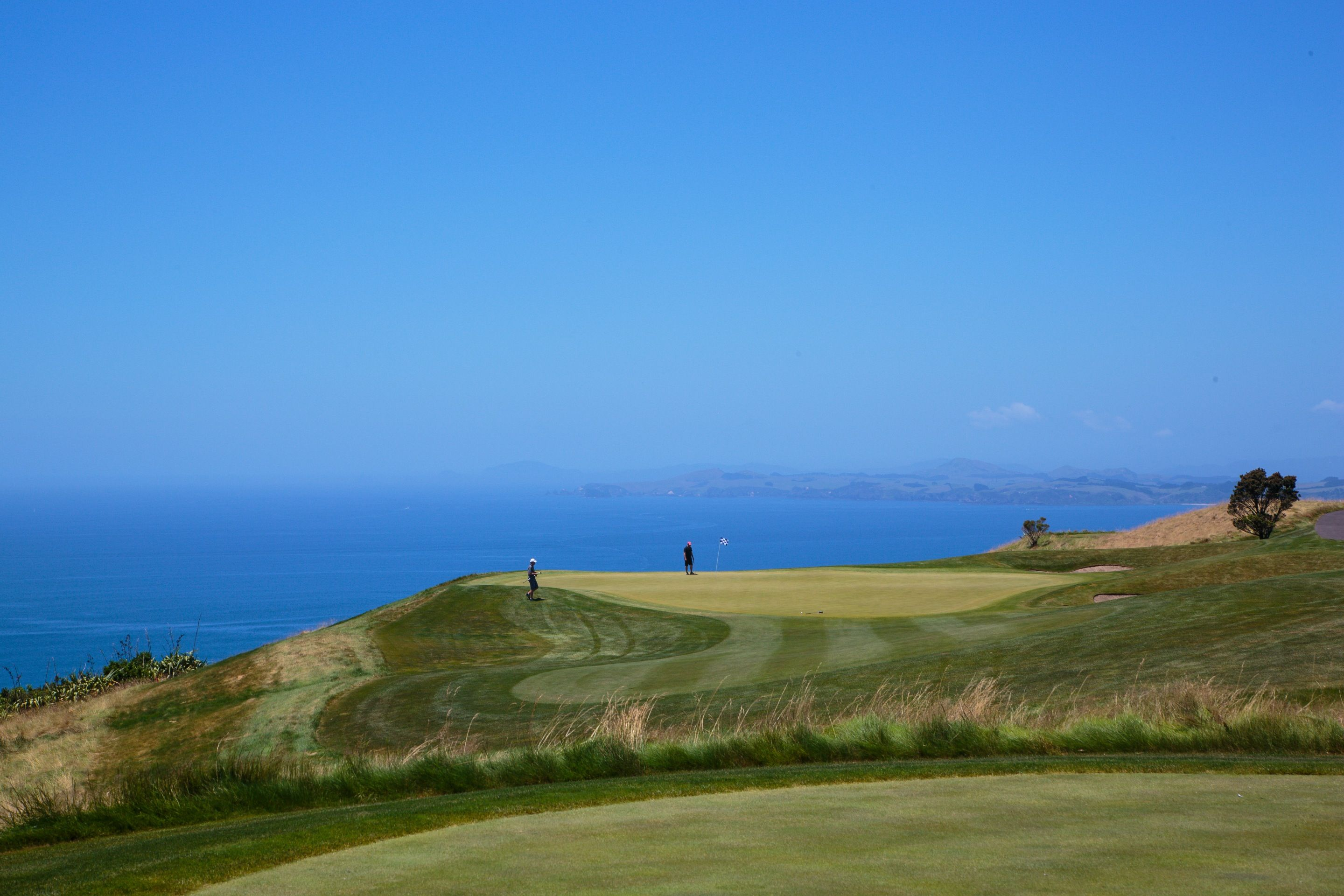 Nothing but you, the sea and a perfect game at Kauri Cliffs #NewZealand