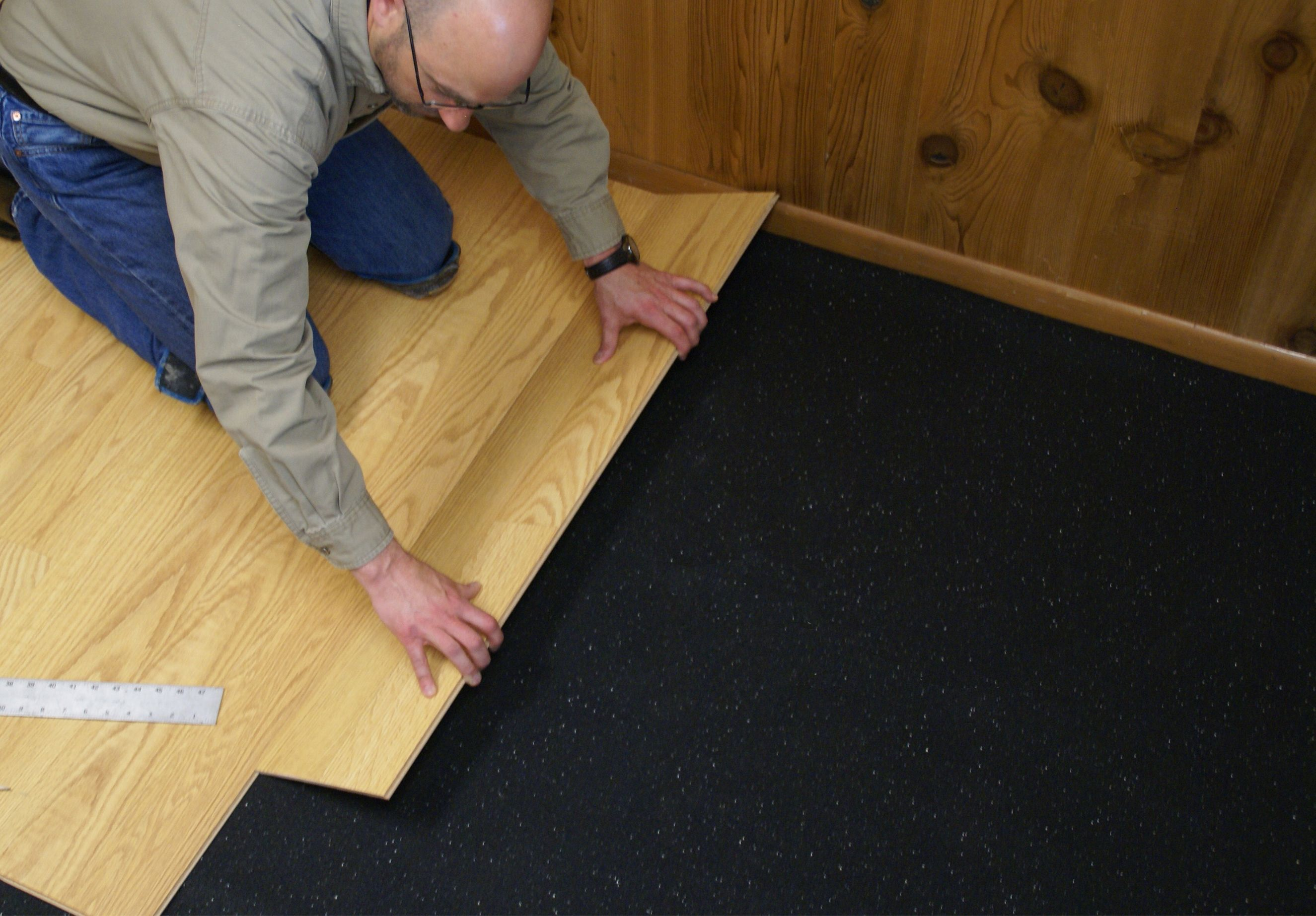 Hardwood Floor Underlayment Moisture Barrier New Wood Flooring - Laying vapor barrier for laminate flooring