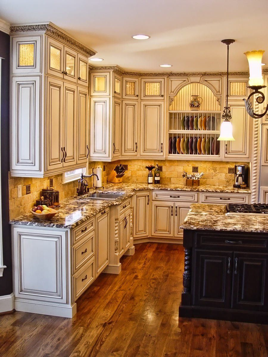 Crown Molding - Plastic Crown Moulding Manufactured with a ...