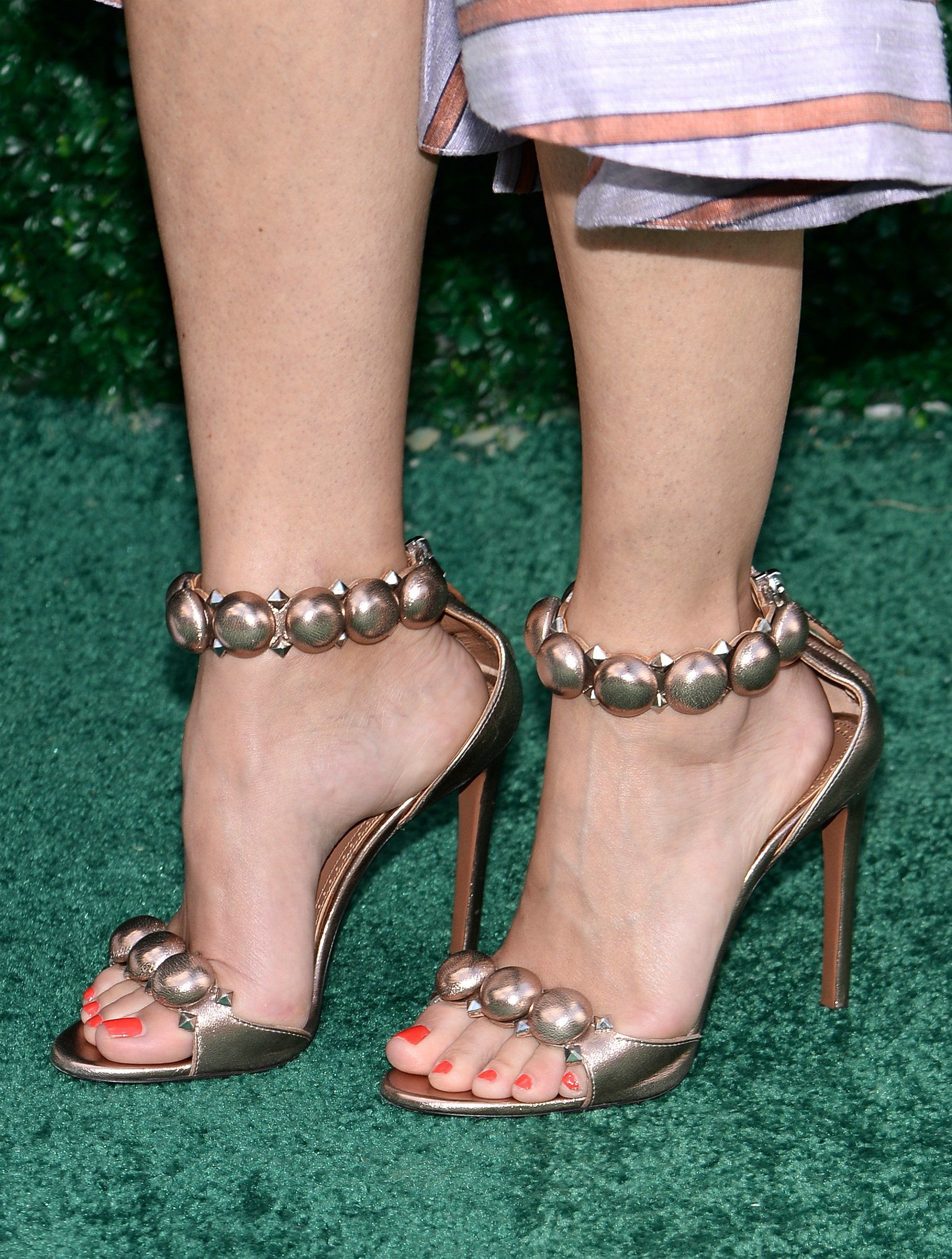 Pin By Foot Member On Pretty Feet  Keri Russell Feet -2471