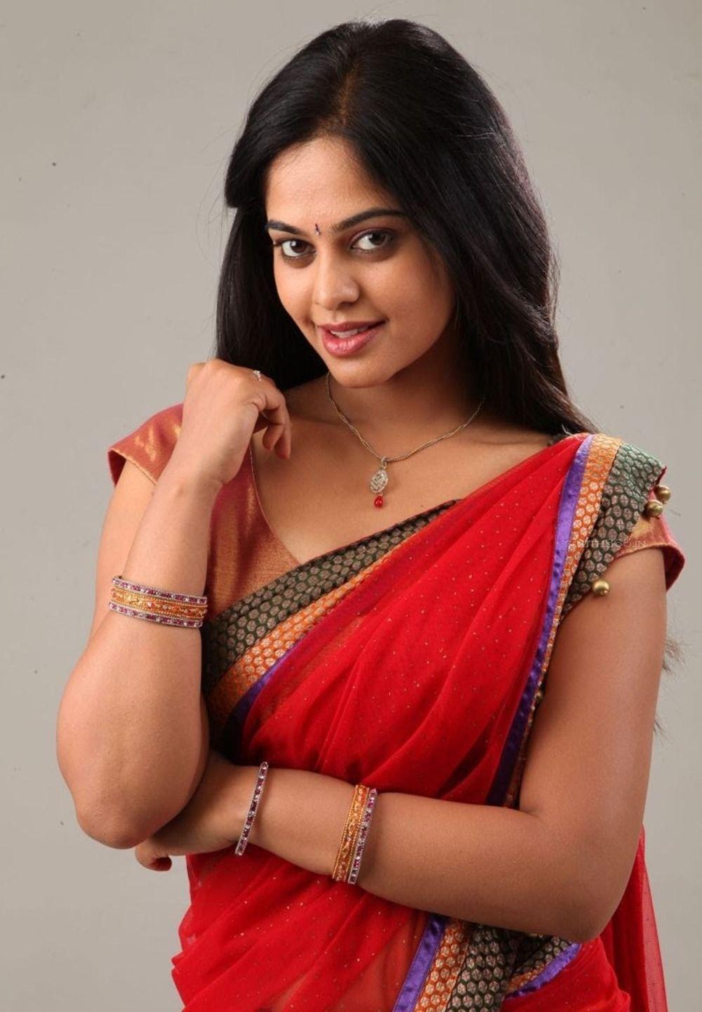 Actress Bindu Madhavi Hd Pictures From Desingu Raja Tamil Movie 2