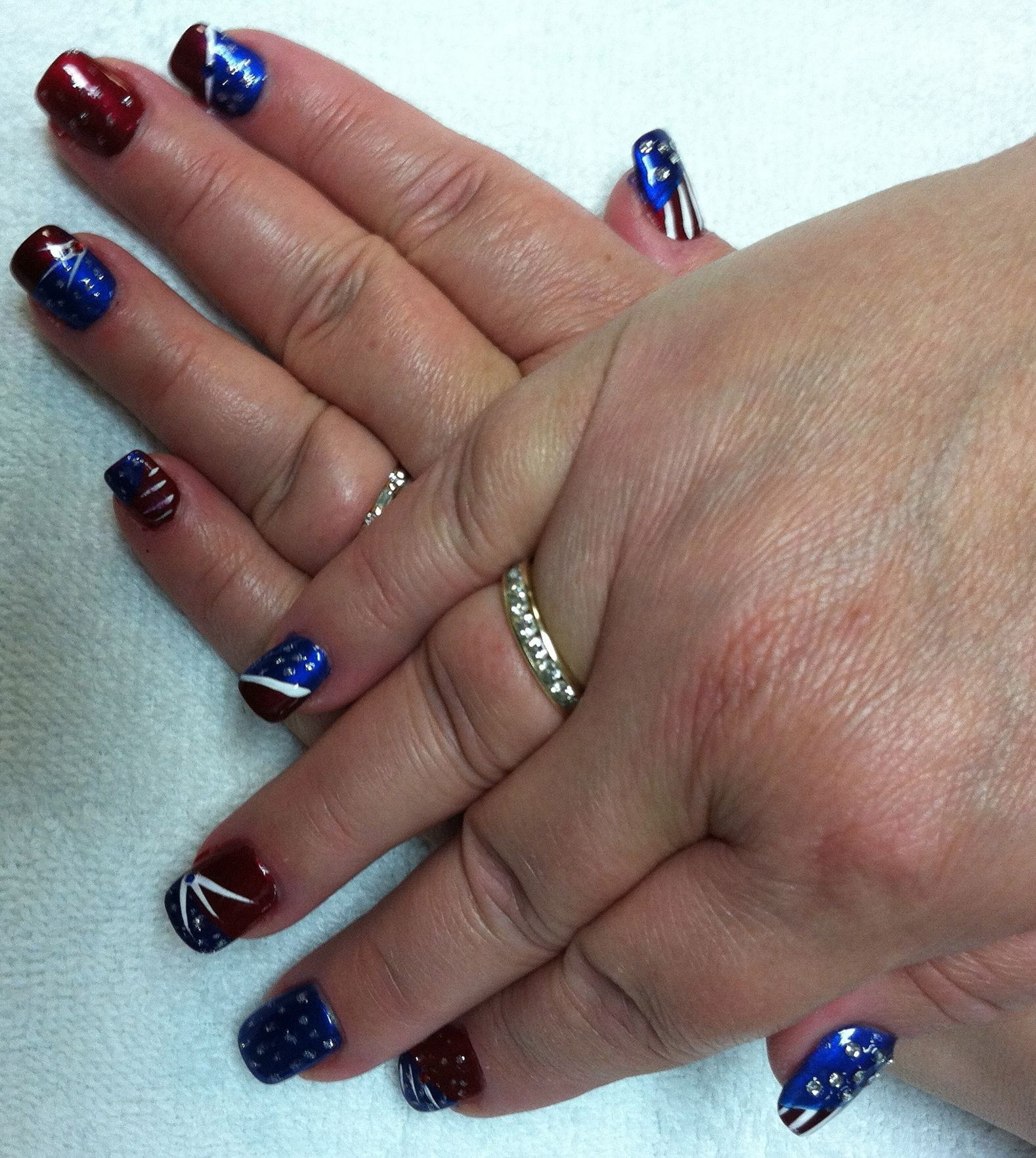 Patriotic fingernails!!! Perfect for Memorial day, 4th of July and ...