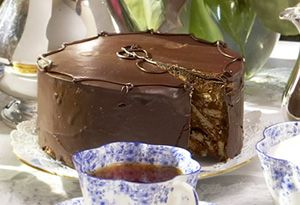Make this recipe for Chocolate Biscuit Cake from former royal chef Darren McGrady.