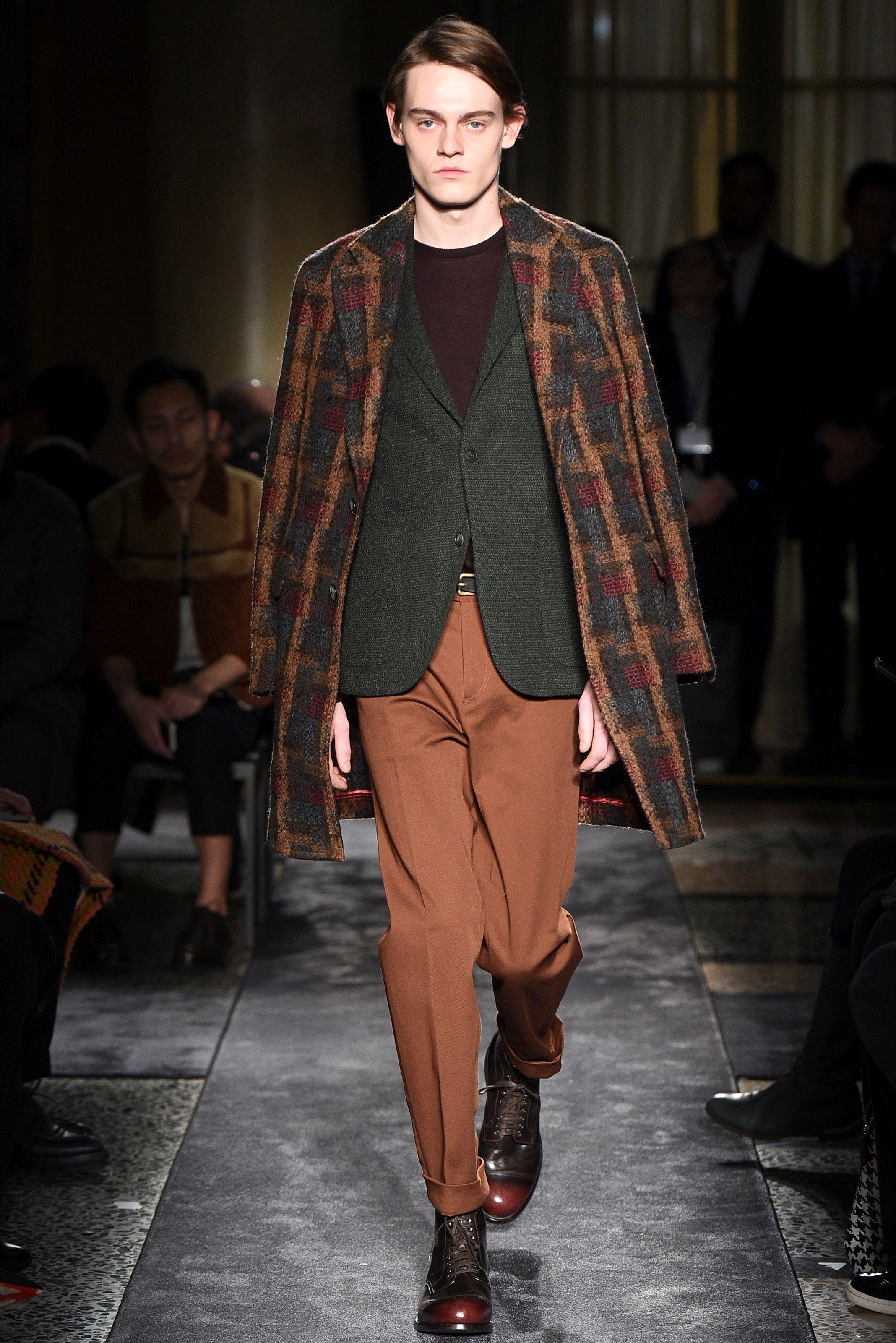 Sfilata Moda Uomo Boglioli Milano - Autunno Inverno 2016-17 - Vogue ... 0d51669e6b1