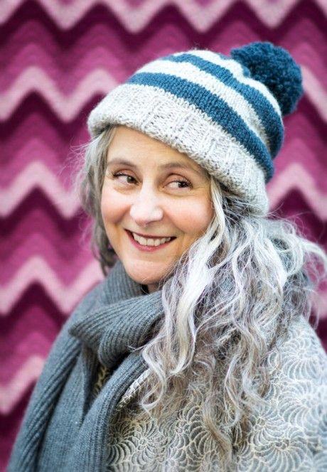 Free Pattern! Sophie's Hat (LoopKnitlounge)   Knitting   Crochet