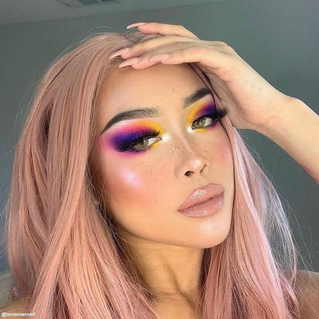 Amber Freckle Pen in 2020 Bold makeup looks, Artistry