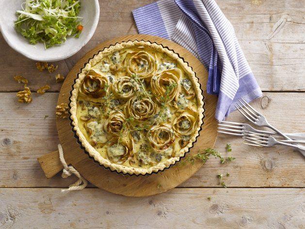 Verwen jezelf met deze heerlijke quiche met witlof, blauwe kaas en Alpro Cuisine Light.