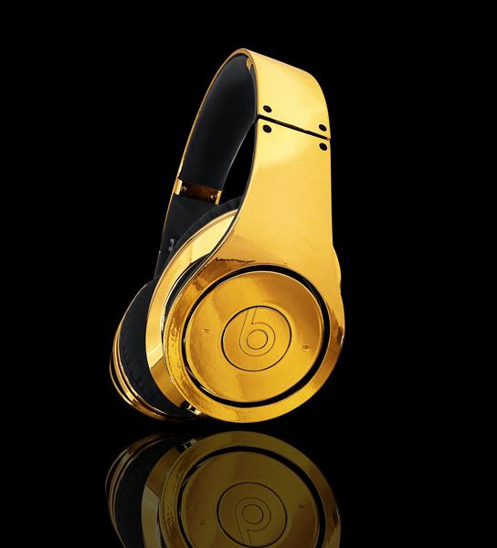 beats by dre gold headphones speakers and earbuds. Black Bedroom Furniture Sets. Home Design Ideas