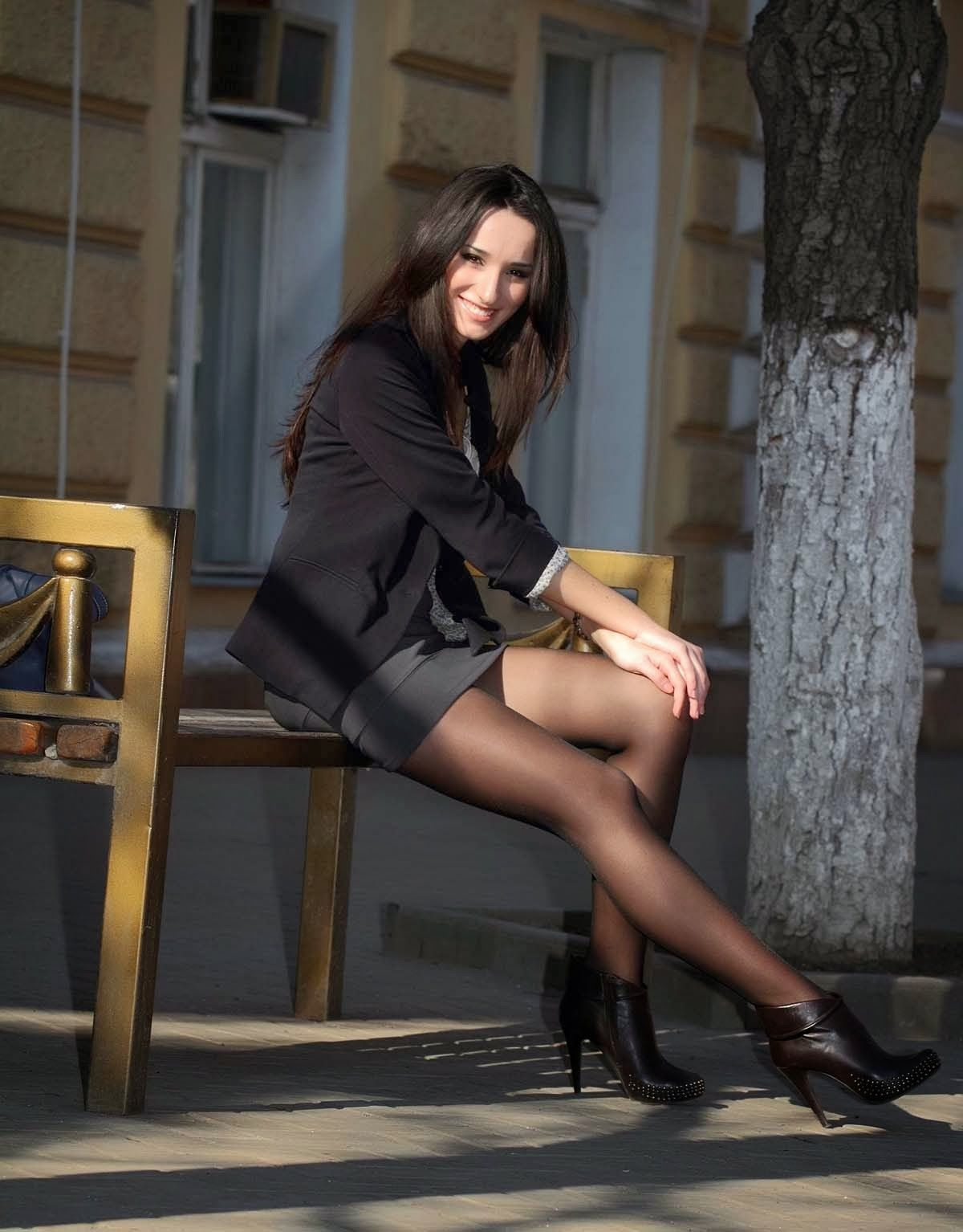 pantyhose-high-heels-skirts-tanisha-nudes-and-fucking