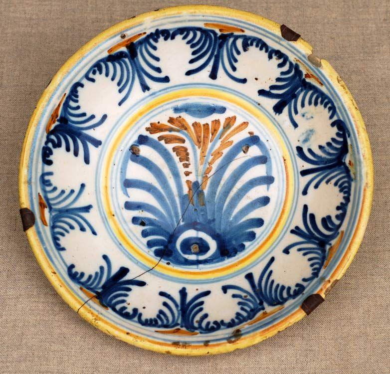 Plato del siglo xviii talavera puente toledo ceramica for Ceramica talavera madrid