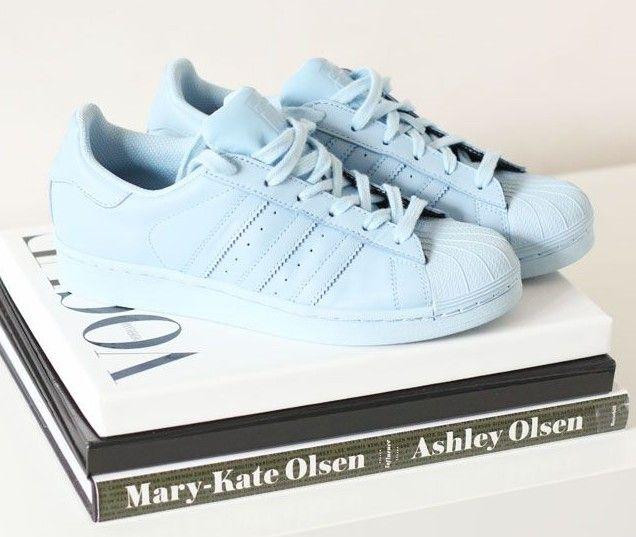 detailed look 7dd37 9ea0c Adidas superstar todo azul da coleção Pharrell Williams Originals. Adidas  Supercolor Superstars    Soon my babes!