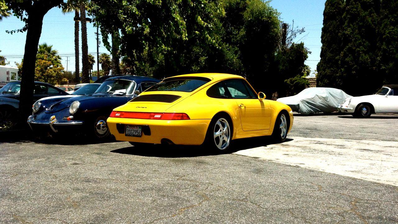 Speed Yellow Porsche 993 Carrera Everyday993 Porsche Vintage Porsche Porsche 993 Porsche