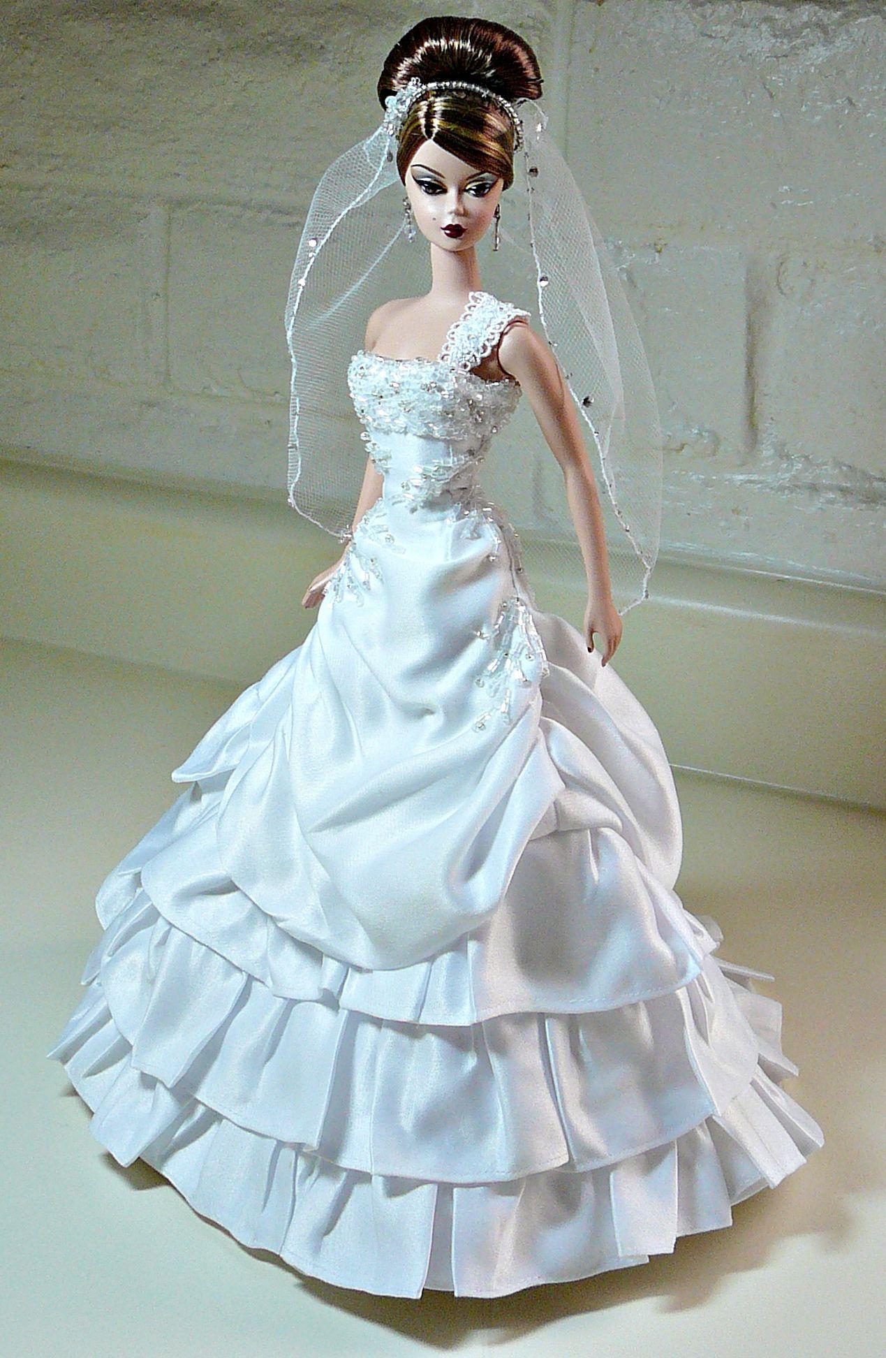 Barbie stole my dress! @Brittany Horton Horton Horton Deeds | Barbie ...